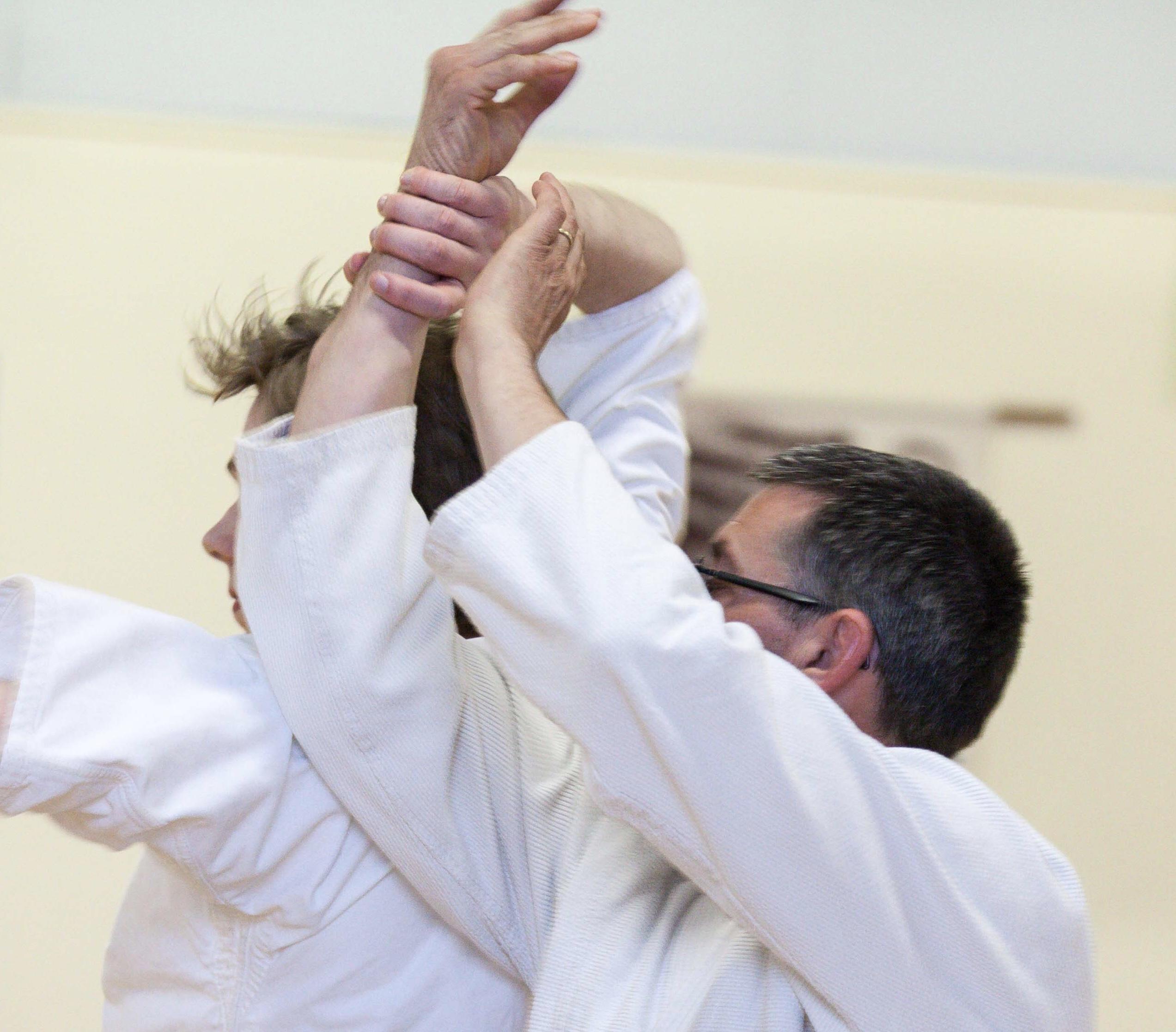 Leren accepteren vanuit je centrum is een van de moeilijkste dingen in aikido.